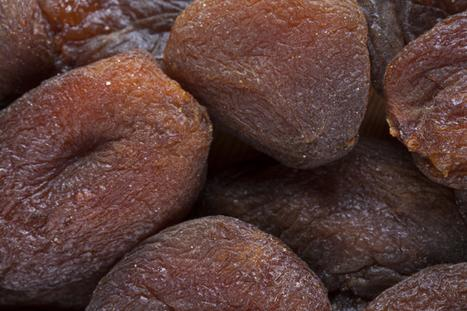 Natural (unsulfured) dried apricot