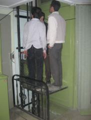 آسانسور نفربر هیدرولیک