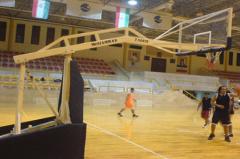 پایه بسکتبال ، والیبال ، بدمینتون