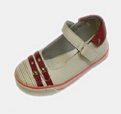کفش بچگانه نوبهار
