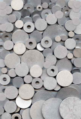 Materials made of basalt scales