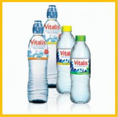 آب بدون گاز