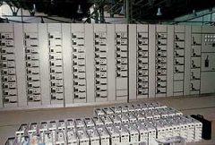 Boxes for assembly of switchboards