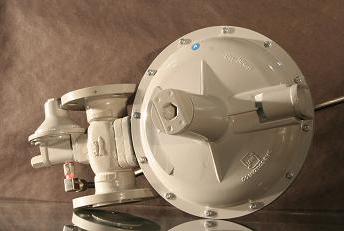 سفارش طراحي و ساخت رگولاتورهاي گاز شهري و صنعتي