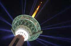 طراحی و ساخت برج های مخابراتی و تلویزیون و خود حمایت برج و برجهای تلسکوپی