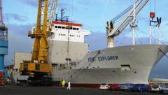 Port handling , stevedoring